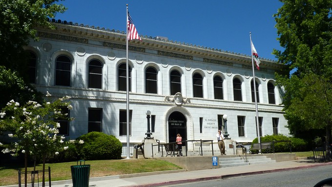 Image caption: The historic El Dorado County courthouse, built in 1913.