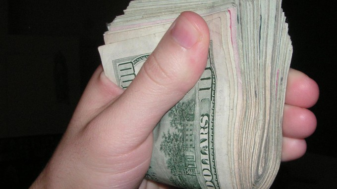 Image caption: Billionaires on both sides have ponied up big bucks in California's gubernatorial recall.