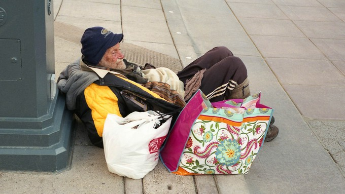 Image caption: California's homelessness crisis shows no signs of improving, despite significant new measures to fight the problem.