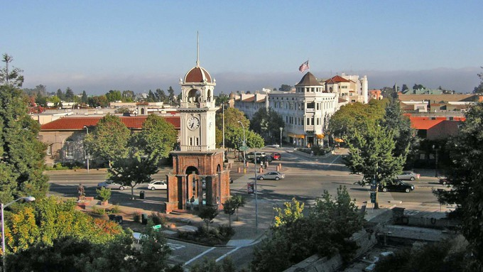The move to district city council elections remains controversial in Santa Cruz.
